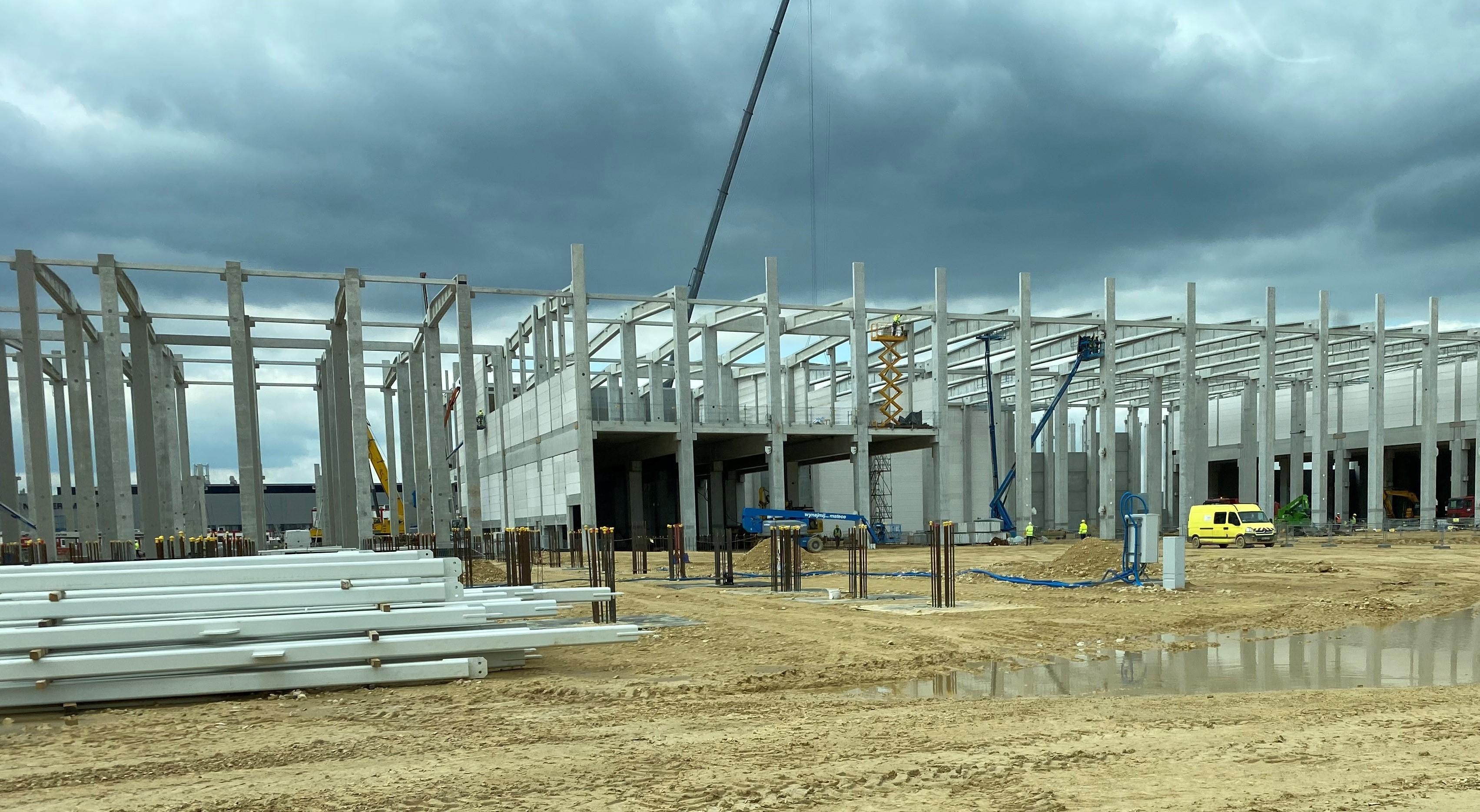 Systemy mocujące Sikla na obiekcie inwestycji sK Innovation w Dąbrowie Górniczej